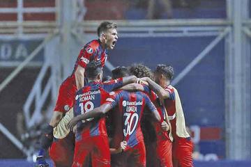 San Lorenzo vence a Palmeiras y es líder del grupo F