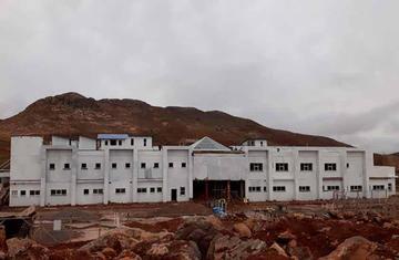 Los hospitales en Llallagua y Ocurí están casi concluidos