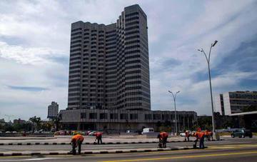 EE.UU. posterga una medida para endurecer el embargo a Cuba