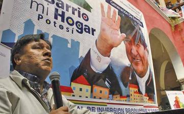Alcalde afirma que Evo quiere a Potosí y por eso invierte