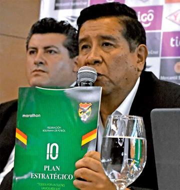 Salinas confía en que Claure patrocine el VAR