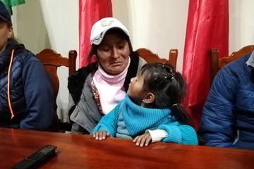 Adolescente retenía a  la niña que desapareció en el mercado Uyuni