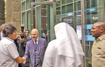 Evo Morales participa en el foro de inversiones en Dubái