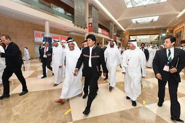 Evo afirma que Emiratos Árabes Unidos se interesan por el litio