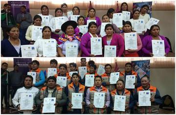 Dan certificados de competencias a productores de polleras y metalmecánica