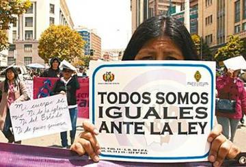 Reportan que trece personas cambiaron de sexo en Potosí