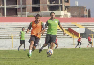Huancayo busca remontar la serie ante Wanderers
