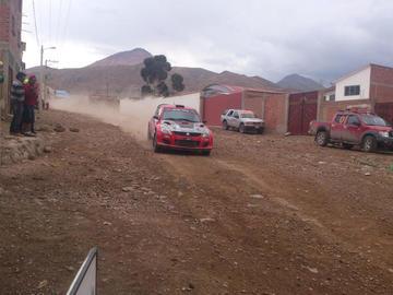 Palcamayu alberga prueba de automovilismo