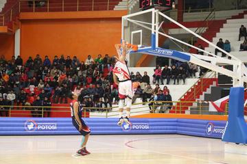Nacional y Quillacollo chocan por el primer lugar del básquet