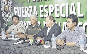 Fiscalía de Sustancias Controladas citará a Medina y a Moreira