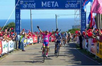 El argentino Tivani vence en la novena etapa en la Vuelta Ciclista del Uruguay