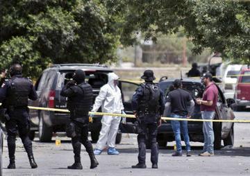 Mueren 9 presuntos delincuentes luego de enfrentarse con policías