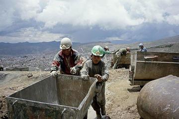 Mineros reconocen que hay inseguridad en las labores