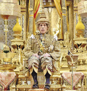 La coronación del rey marca el inicio de una  nueva era en Tailandia