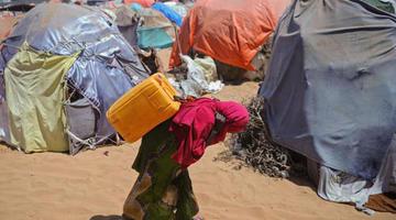 Cerca de 2 millones de somalíes tienen alto riesgo de hambruna