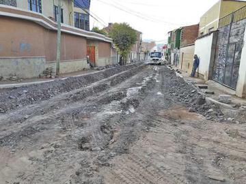 Trabajos en calle Colombia concluirán hasta agosto
