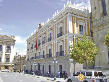 Abrirán al público el Palacio Quemado el 18 de mayo