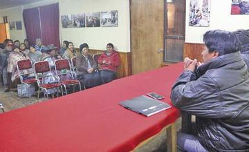 Cívicos definen acciones por falta de información del Silala