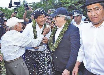 Opositores anuncian campaña contra la reelección de Almagro