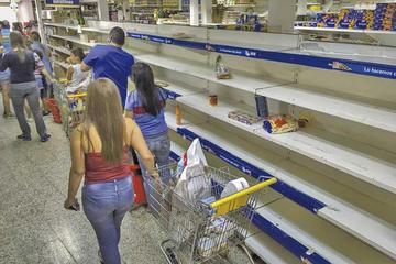 EE.UU. sanciona a venezolanos por lucrar con plan de comida