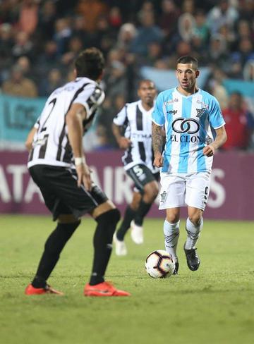 Los uruguayos Wanderers y Cerro no se hacen daño
