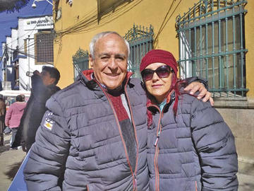 David Santalla y Salustiana rinden homenaje a la madre