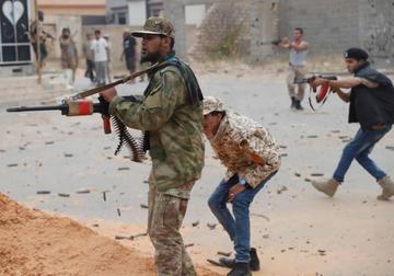 Duros combates en Libia causan 41 fallecidos en el sur de Trípoli