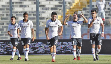 Colo Colo gana y se acerca a la U. Católica