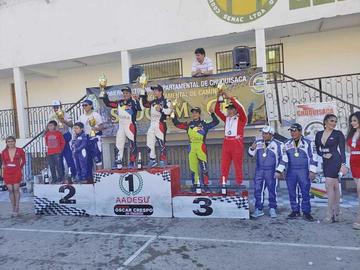 Mauricio Sandoval sube al podio en la prenacional Oscar Crespo de Sucre