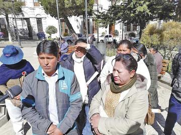 Vecinos advierten con un proceso a los municipales