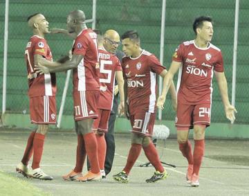 Royal Pari se juega su pase ante Macará en la Sudamericana