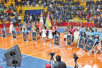 "Las ""Caseritas"" disputan su primer campeonato de futsal"