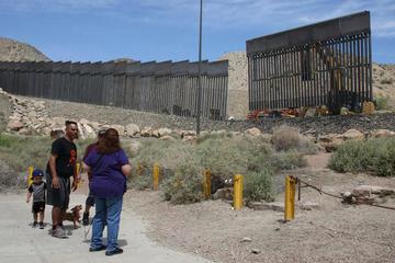 """El Pentágono defiende que envío de tropas a la frontera es """"legal"""""""