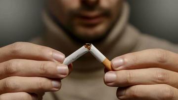 Ley prohibirá fumar en escuelas, parques y en los espacios públicos