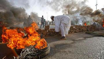 Ejército dispara contra acampada y mata a una treintena en Sudán