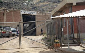 Condenan a un exsacerdote a 25 años de cárcel por violación