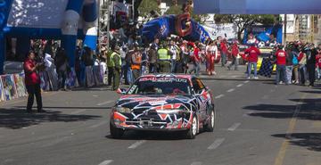 Pilotos potosinos suben al podio en Sucre