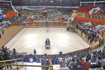 """El Sedede pone a punto el coliseo  """"Ciudad de Potosí""""  para la Libo"""