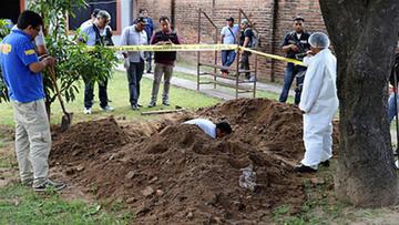Policías mataron a una mujer y  le enterraron dentro de un turril