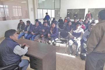 Las instituciones solicitan un informe de la regalía del litio