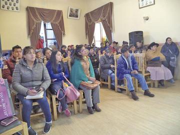 El Concejo exhorta a comerciantes de la feria a resolver sus diferencias