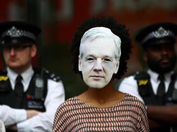 Assange luchará en 2020 contra ataque al periodismo en EE. UU.