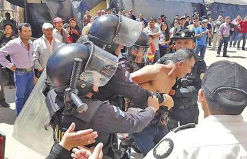 Guatemala va a segunda vuelta electoral tras incidentes violentos