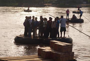 Cae flujo migratorio entre México y Guatemala por presencia de marinos