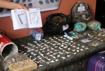"Cae banda que obligaba a bolivianas a ""tragar"" capsulas de cocaína"