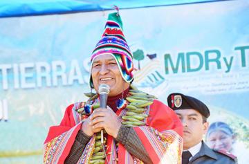 """Morales pide disculpas por """"broma"""" de obras por votos"""