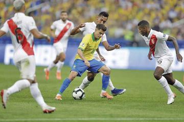 Brasil pasa a cuartos de la Copa América