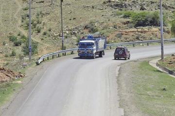 Un acuerdo pone fin al bloqueo del camino entre Potosí y Sucre