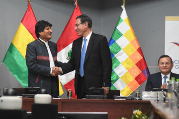 Bolivia y Perú acuerdan impulsar venta de gas en zonas fronterizas