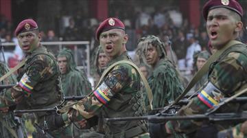 """Hay 198 militares detenidos por """"traición a la patria"""" en Venezuela"""